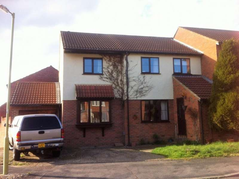 4 Bedrooms Semi Detached House for sale in Spicersfield, Cheshunt, EN7