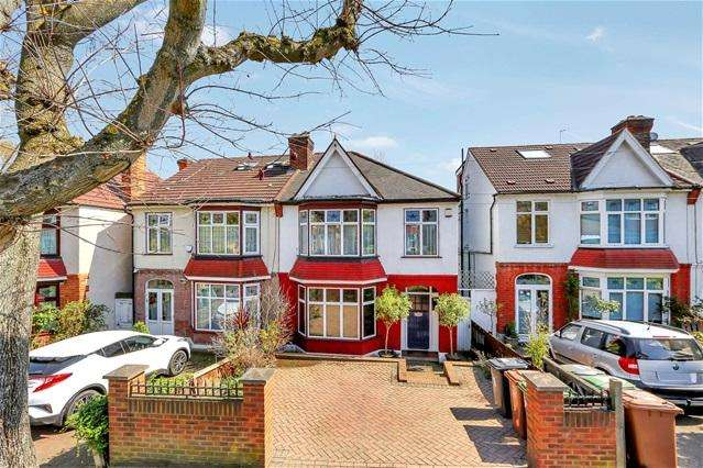 3 Bedrooms House for sale in Polsted Road, Catford