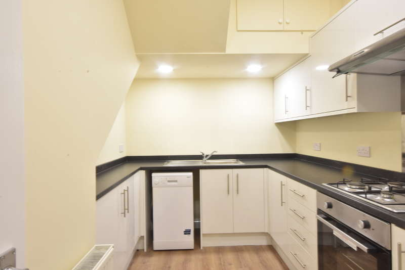 7 Bedrooms Terraced House for rent in Oxnam Crescent, Spital Tongues