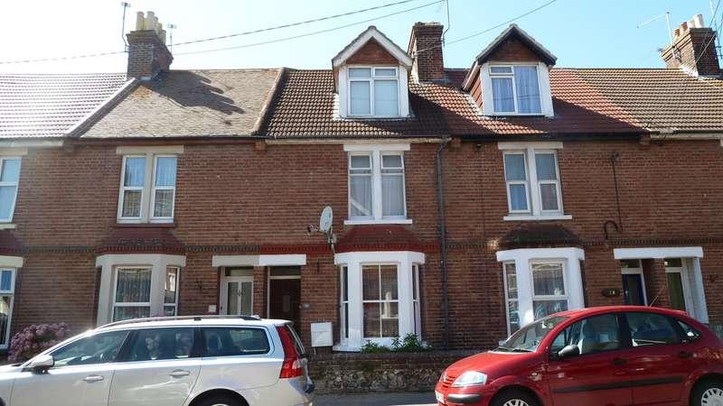 3 Bedrooms Terraced House for sale in Queen Street, Littlehampton BN17