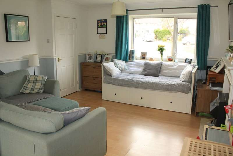 3 Bedrooms Terraced House for sale in Woodlawn Way, Thornhill, Cardiff