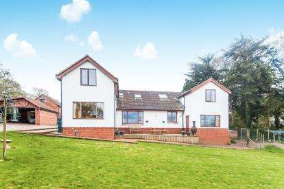 5 Bedrooms Detached House for sale in Exmouth, Devon