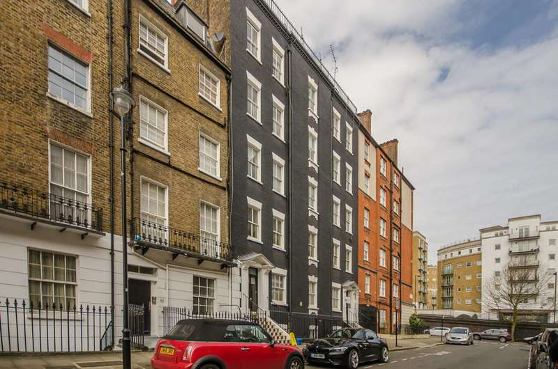 2 Bedrooms Flat for sale in Balcombe Street, Marylebone, NW1