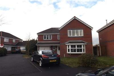 4 Bedrooms House for rent in Cholmley Drive,Newton-le-Willows,WA12