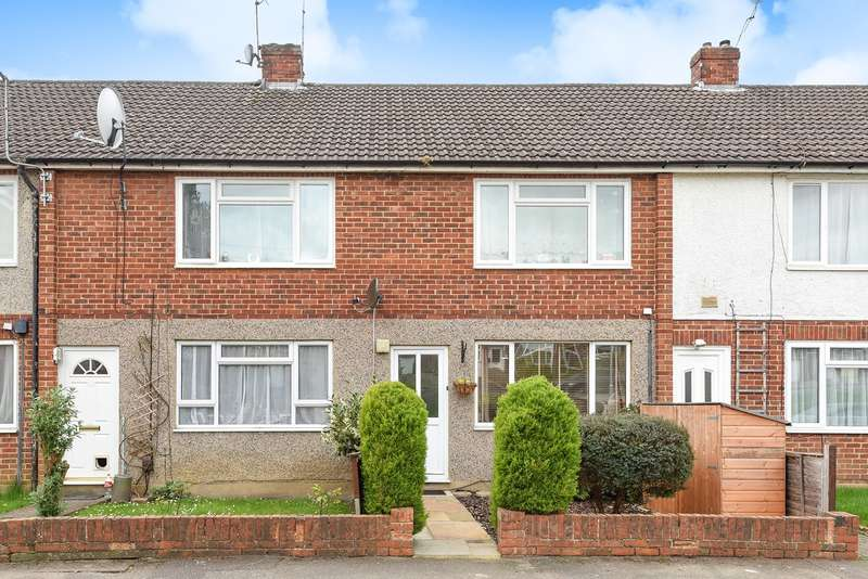 2 Bedrooms Maisonette Flat for sale in Tanhouse Lane, Wokingham, RG41