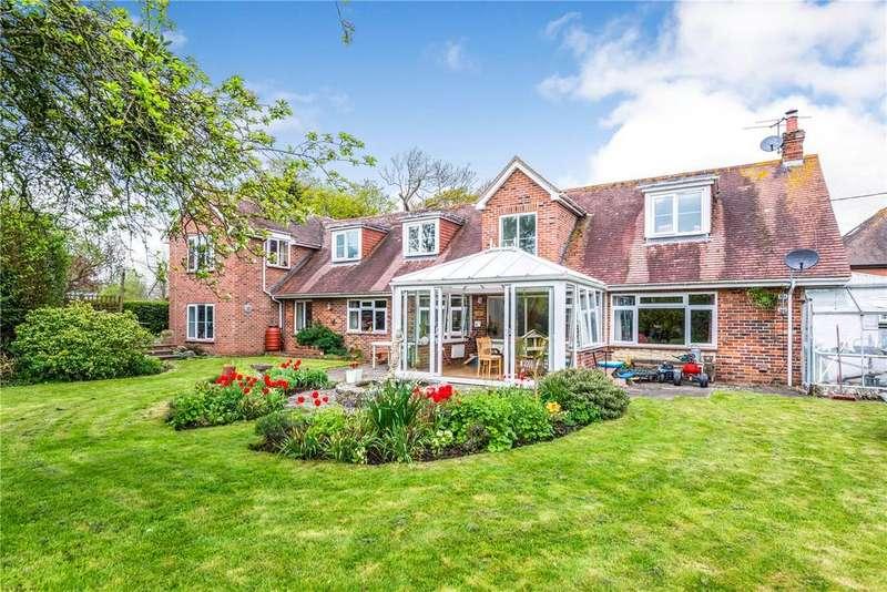 4 Bedrooms Detached House for sale in Hine Town Lane, Shillingstone, Blandford Forum, Dorset