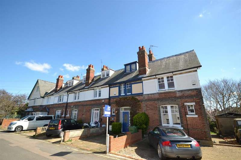 3 Bedrooms Cottage House for rent in Silver Road, Burnham-on-Crouch