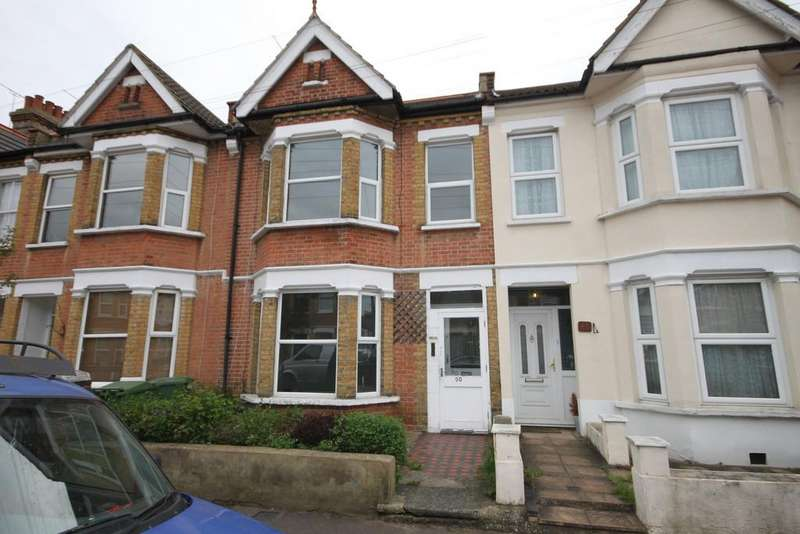 2 Bedrooms Terraced House for sale in Moseley Street, Southend-on-Sea