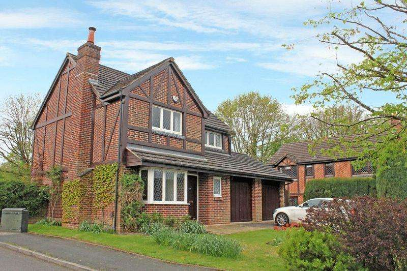 4 Bedrooms Detached House for sale in NORTH HOLMWOOD, Nr DORKING