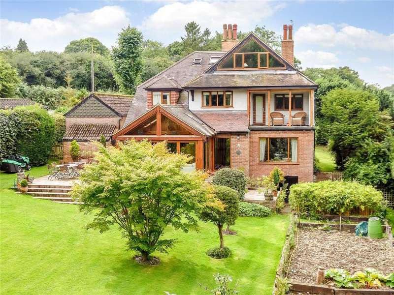 5 Bedrooms Detached House for sale in Ballinger, Great Missenden, Buckinghamshire, HP16