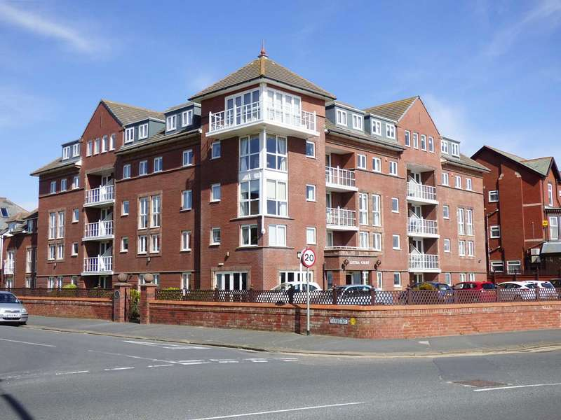 1 Bedroom Retirement Property for sale in Lystra Court, South Promenade, St Annes.