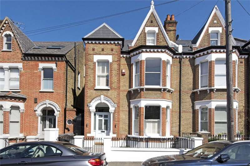 5 Bedrooms Terraced House for sale in Hendrick Avenue, London, SW12