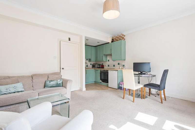1 Bedroom Flat for sale in Greyhound Road, Hammersmith