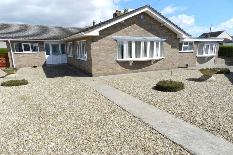 4 Bedrooms Detached Bungalow for sale in Park Road, Sutton-On-Sea, Mablethorpe, LN12