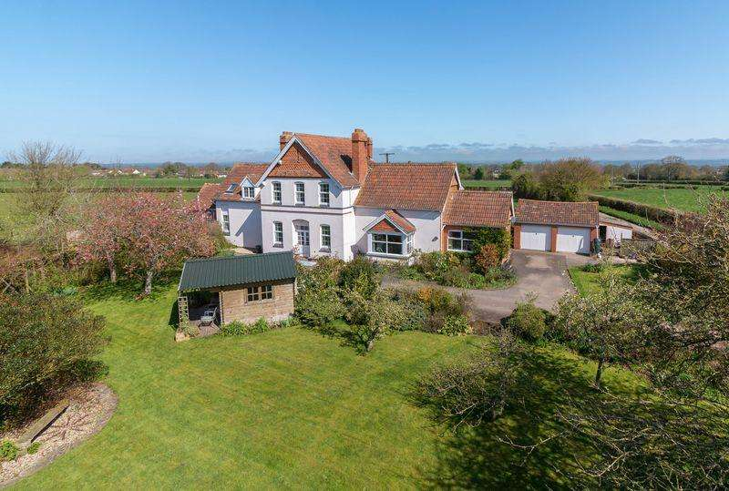 5 Bedrooms Detached House for sale in Redlands Lane, Edington
