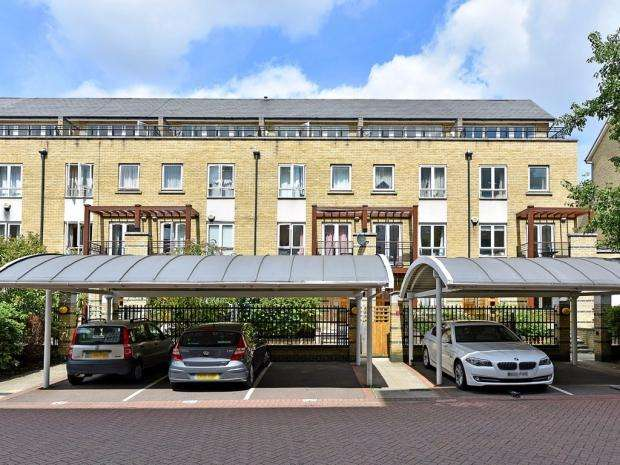 5 Bedrooms Town House for sale in St. Davids Square, Canary Wharf, E14