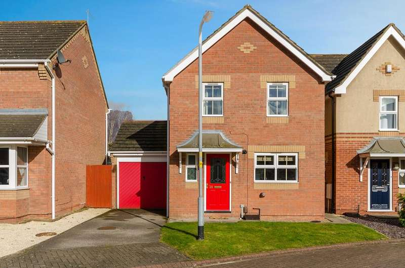 3 Bedrooms Detached House for sale in Mallard Court, North Hykeham