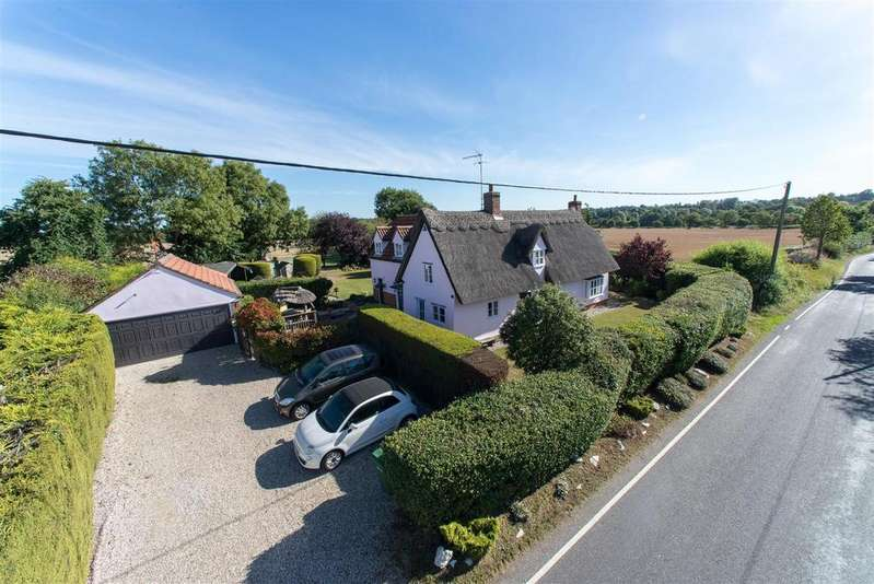 4 Bedrooms Detached House for sale in Braintree Road, Terling, Chelmsford