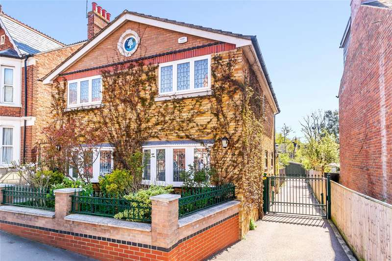 4 Bedrooms Detached House for sale in Divinity Road, Oxford, OX4