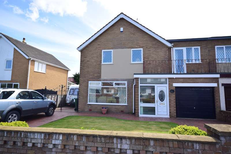 3 Bedrooms Link Detached House for sale in Waddington Road, Lytham St Annes, FY8