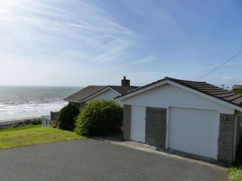 3 Bedrooms Bungalow for sale in Cae Glas, Llanaber, LL42