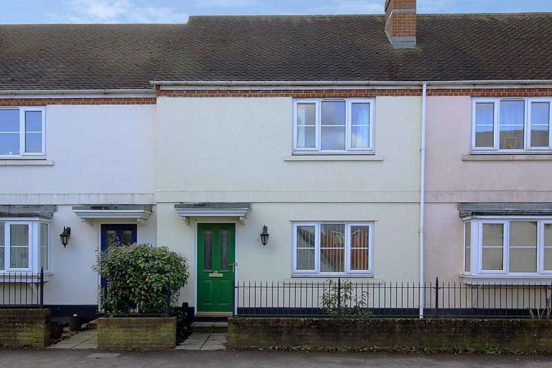 2 Bedrooms Terraced House for rent in London Road, Overton RG25
