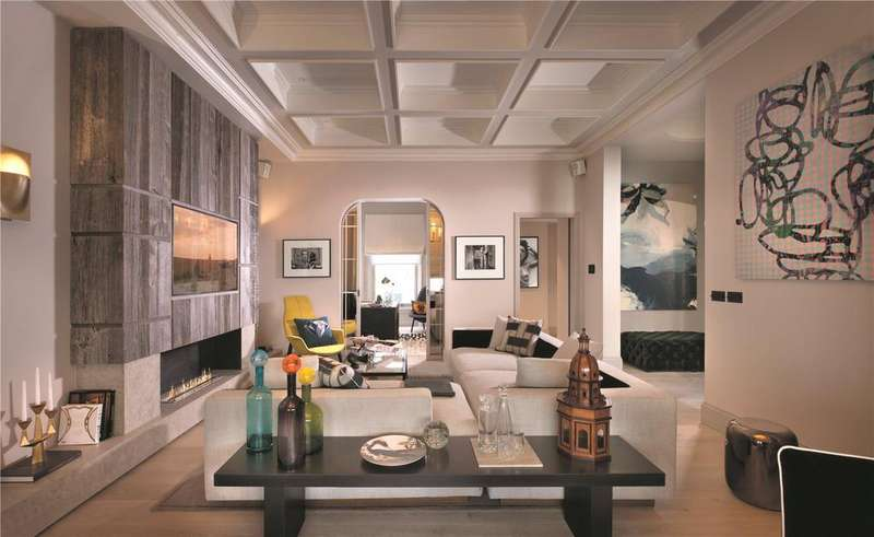3 Bedrooms Maisonette Flat for sale in Thistle Grove, Roland Gardens, Chelsea, London, SW10