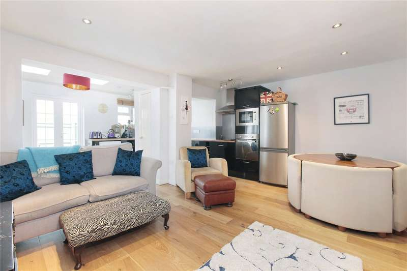 1 Bedroom Semi Detached House for sale in College Gardens, Wandsworth Common, London, SW17