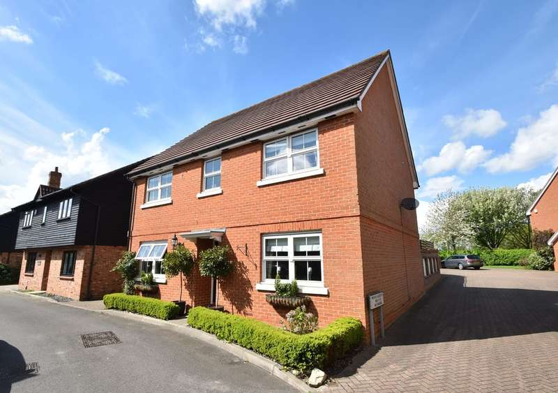 4 Bedrooms Detached House for sale in West Hayes, Hatfield Heath