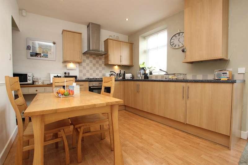 2 Bedrooms Terraced House for sale in Maria Street Darwen BB3 2JN