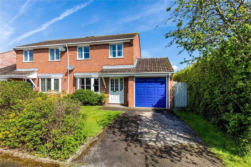 3 Bedrooms Semi Detached House for sale in Westerdale, Thatcham, Berkshire, RG19