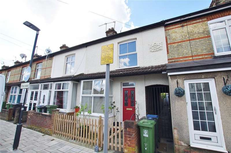 3 Bedrooms Terraced House for rent in Banbury Street, Watford, Hertfordshire, WD18