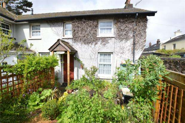 2 Bedrooms Semi Detached House for sale in Torquay Road, Newton Abbot, Devon