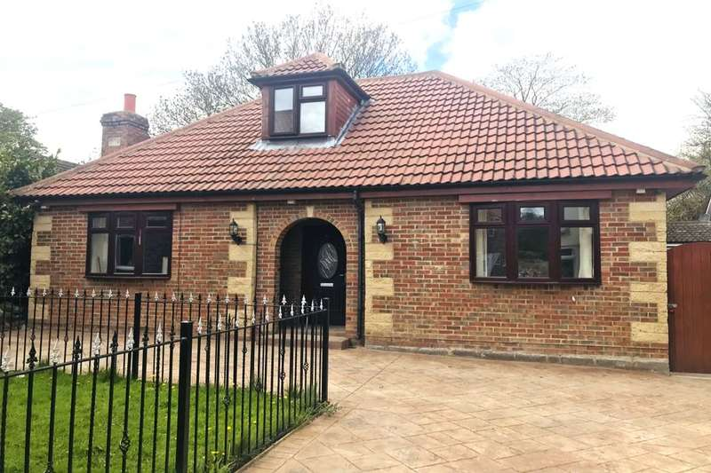 2 Bedrooms Detached Bungalow for sale in Wilson Street, Guisborough, TS14