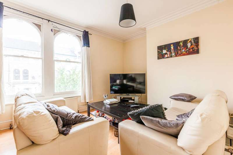 4 Bedrooms Maisonette Flat for sale in Ferndale Road, Clapham North, SW4