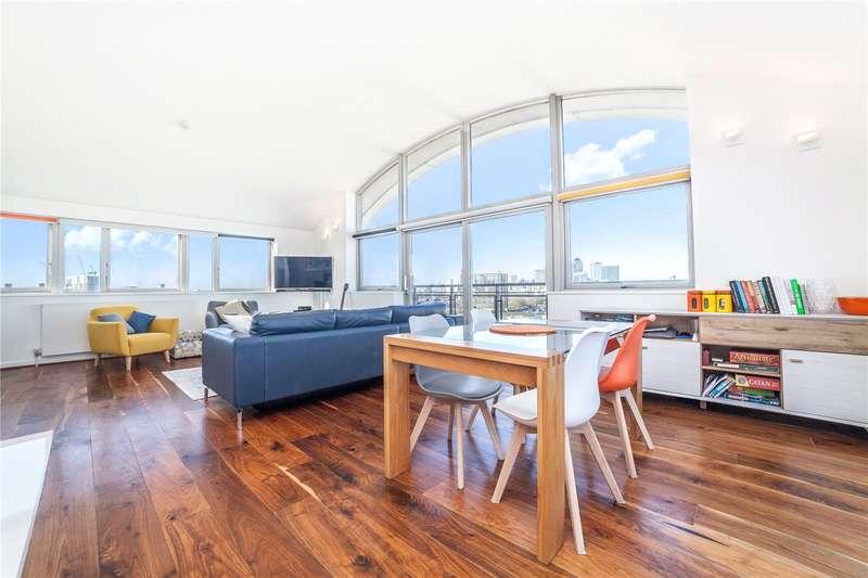 2 Bedrooms Flat for sale in Metcalfe Court, John Harrison Way, London, SE10