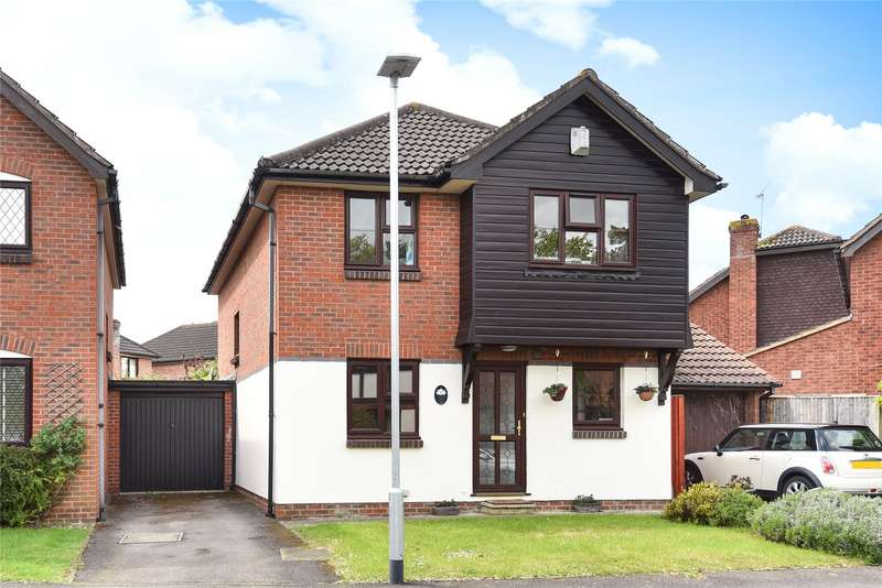 4 Bedrooms Detached House for sale in Medway Close, Wokingham, Berkshire, RG41