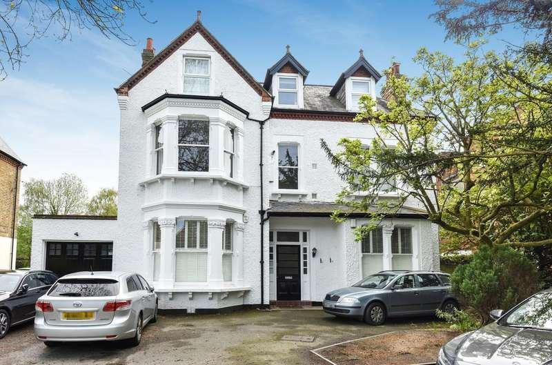 2 Bedrooms Flat for sale in Wickham Road BR3