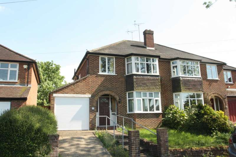 3 Bedrooms Semi Detached House for sale in Delamere Road, Earley