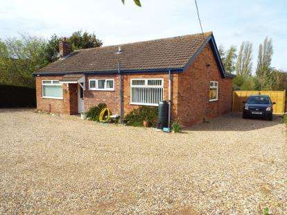 3 Bedrooms Bungalow for sale in Holme Next Sea, Kings Lynn, Norfolk