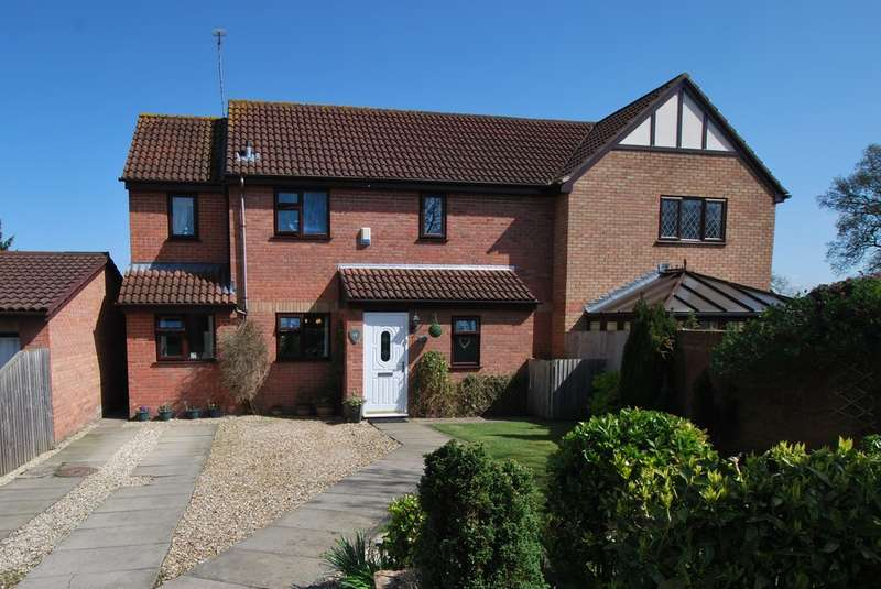 3 Bedrooms Semi Detached House for sale in Castlefields, Tattenhall, Chester