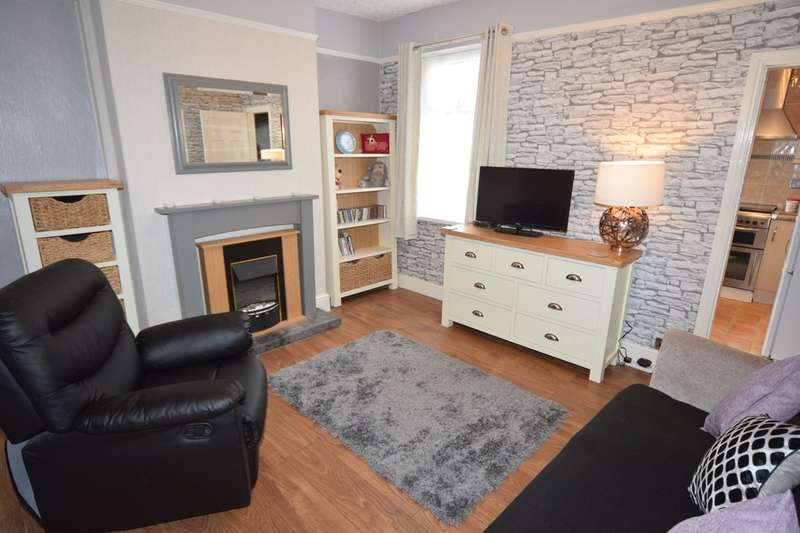 2 Bedrooms Terraced House for sale in Collingwood Street, Barrow-in-Furness, Cumbria, LA14 5ST