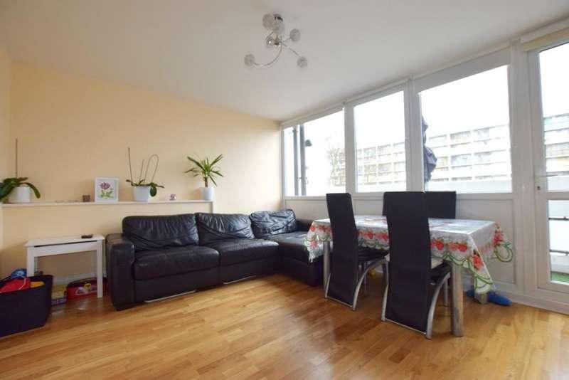 2 Bedrooms Maisonette Flat for sale in Barrington Road London SW9