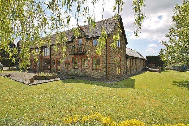 9 Bedrooms Detached House for sale in East Street, West Chiltington