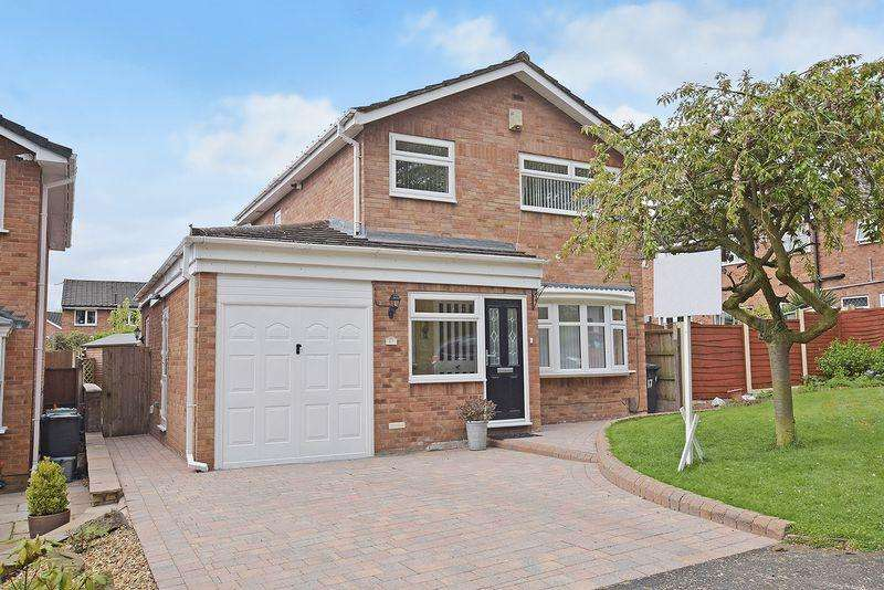 3 Bedrooms Detached House for sale in Snowdrop Close, Beechwood
