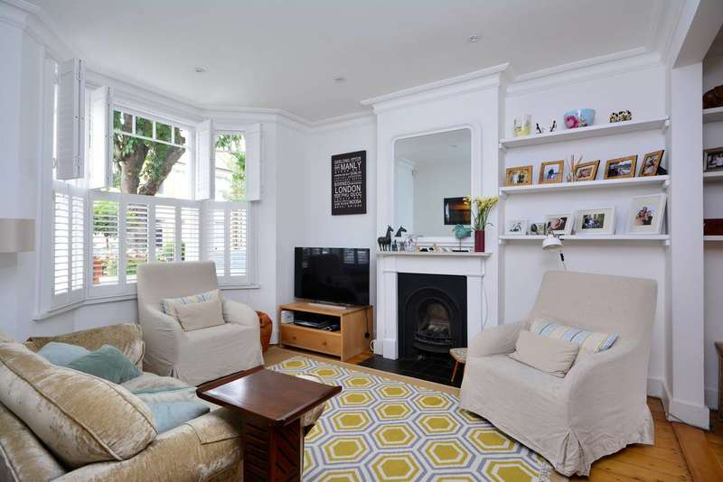 3 Bedrooms House for sale in Leythe Road, Acton, W3