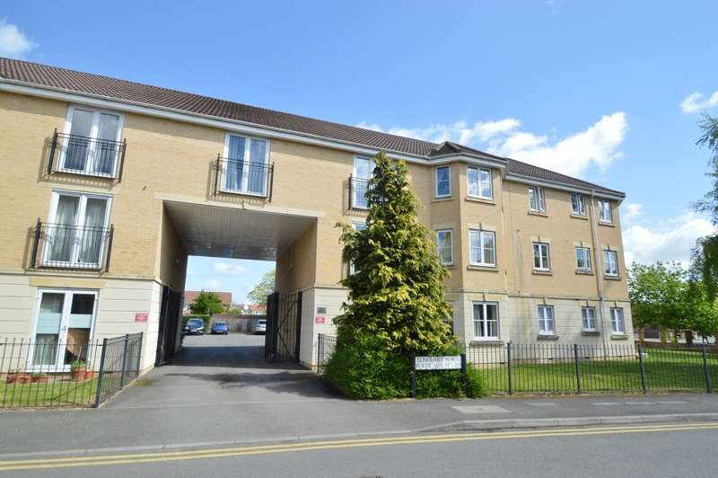 2 Bedrooms Flat for sale in Scholars Walk, Langley, SL3