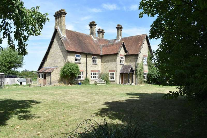 6 Bedrooms Farm House Character Property for sale in Ivinghoe, Buckinghamshire