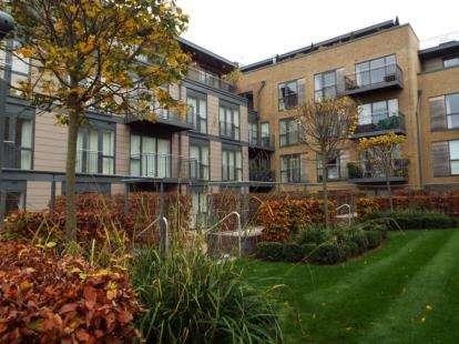 2 Bedrooms Flat for sale in Kingsley Walk, Cambridge, Cambridgeshire