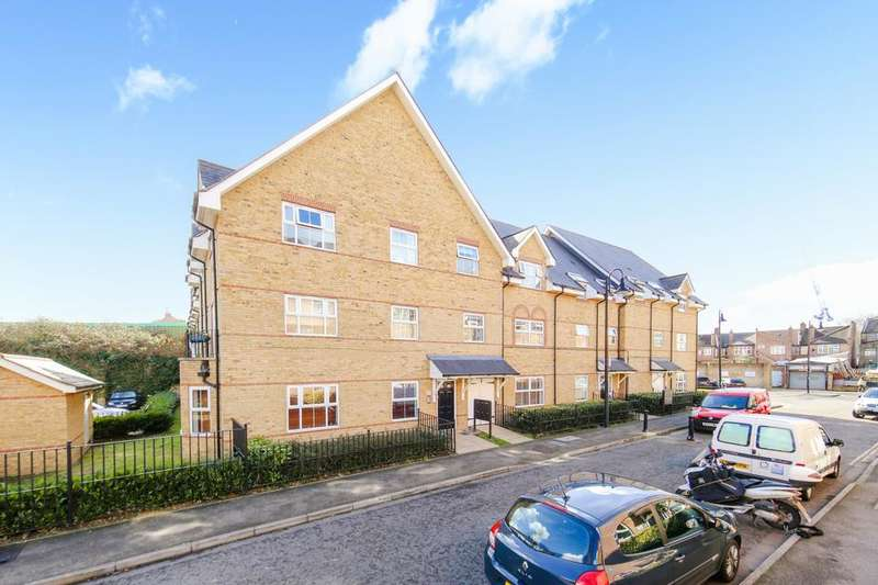 2 Bedrooms Flat for sale in Besant Place, London SE22